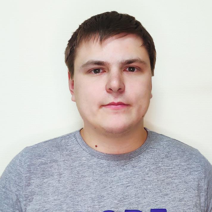 фото-Руслан Константинов-Программист